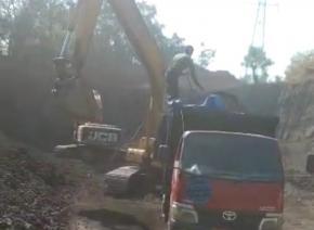 Miris! Tambang Galian C Diduga Ilegal di Kawasan Pariwisata Desa Grati Tunon Bebas Beroperasi